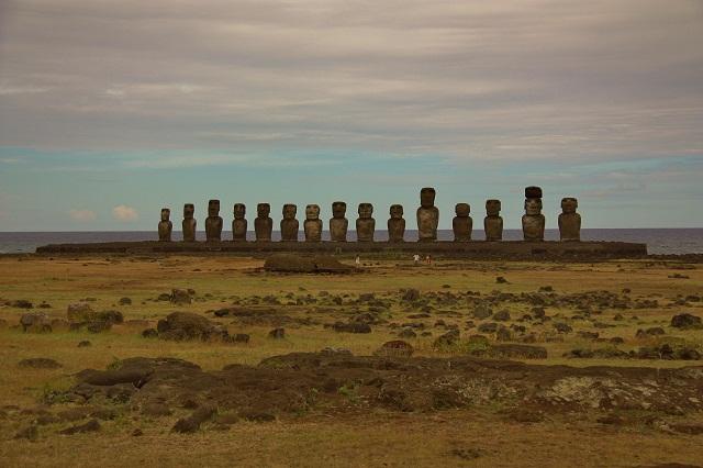 Easter Island 21 R
